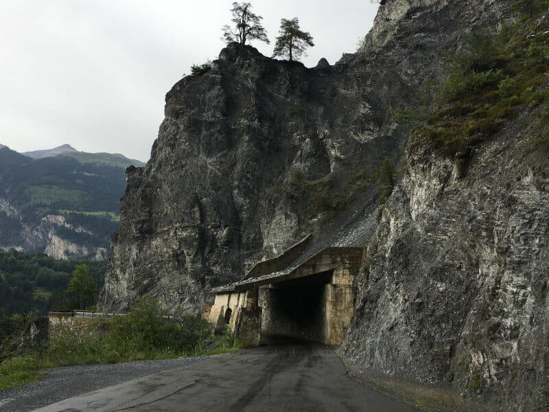 Faszinierende Rheinschlucht - Felstunnel - Bonaduz - Rheinradweg Schweiz