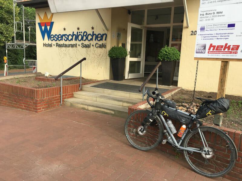 Weserschlösschen - Fahrradunterkunft in Nienburg am Weserradweg