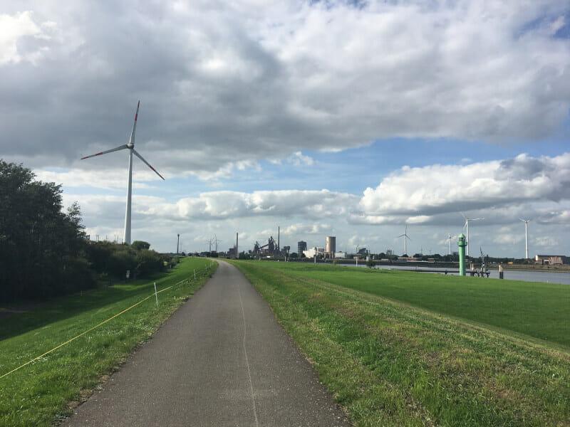 Bremen-Seehausen - an der nördlichen Weser entlang