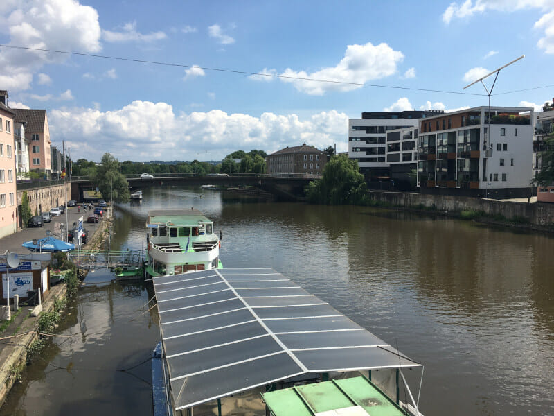 Kassel entlang der Fulda - Schiffe im Fluss