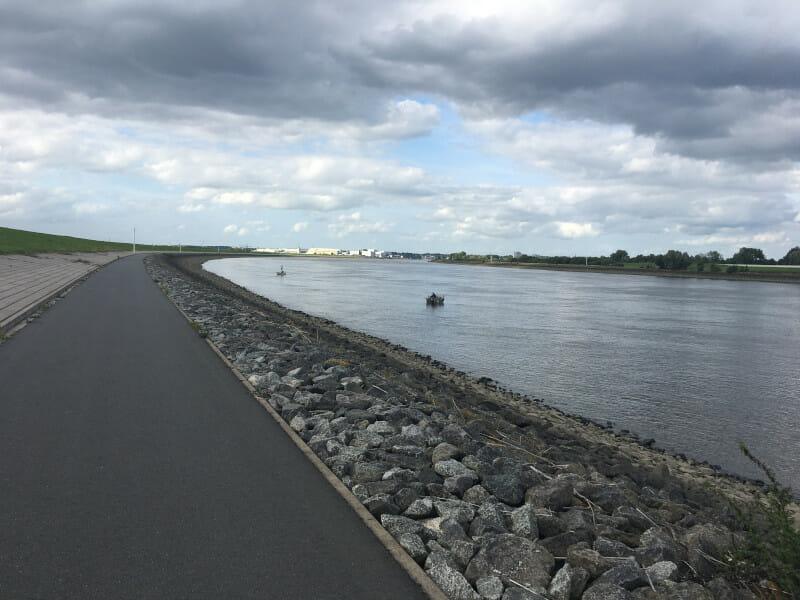 Lemwerder-Braake an der Weser - Weserradweg