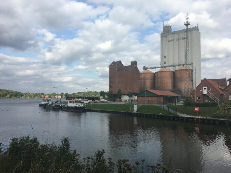 Mölln - Elbe-Lübeck-Kanal - Alte Salzstraße
