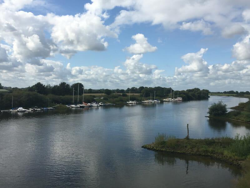 Achim - Blick auf die Weser in Richtung Bremen