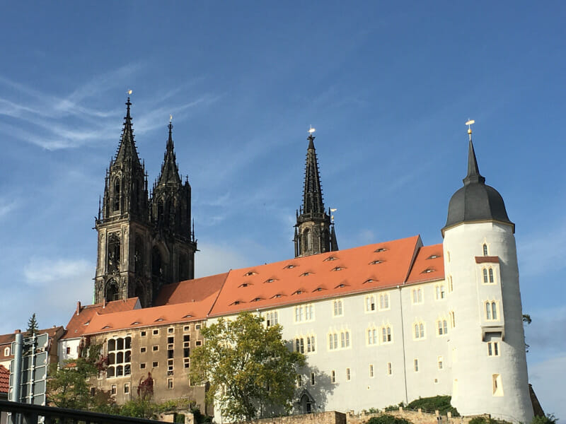 Dom zu Meißen nach St. Johannis und St. Donatus benannt am Elberadweg von links.
