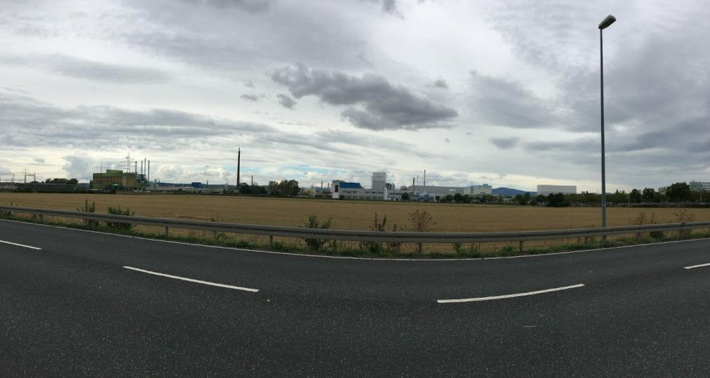 Industriepark Höchst - Panoramaansicht am Mainradweg.