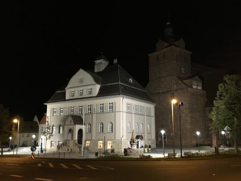 Die Kirche in Dommitzsch am Elbe-Radweg.