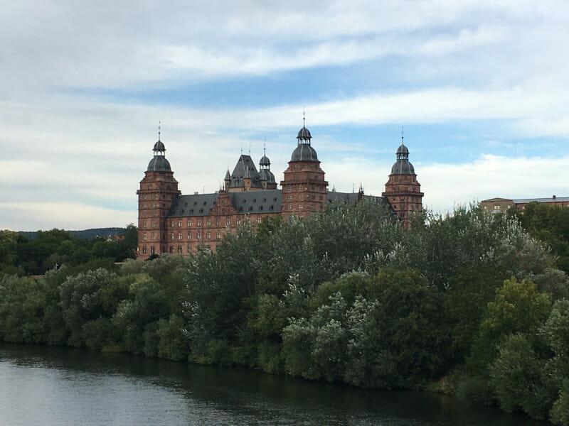 Schloss Johannisburg in Aschaffenburg am Main auf meiner Radtour.