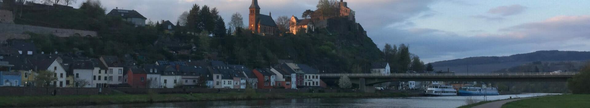 Saarburg am Saarradweg - Ausblick.