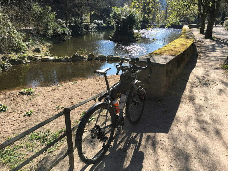 Gernsbach im Murgtal am Schwarzwald-Radweg mit Gravelbike