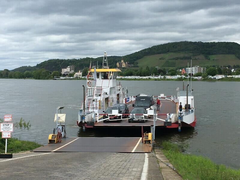 Schiff Bad Breisig - Bad Hönningen - Über den Rhein - Start Limesradweg.