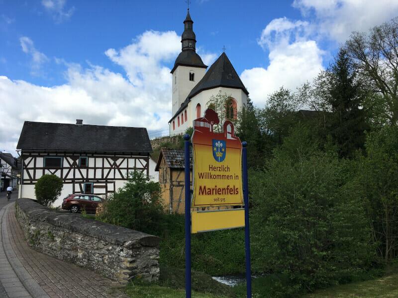 Kirche von Marienfels - Deutscher Limesradweg.